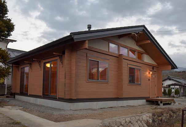 あきつログハウス −季感の家− 画像